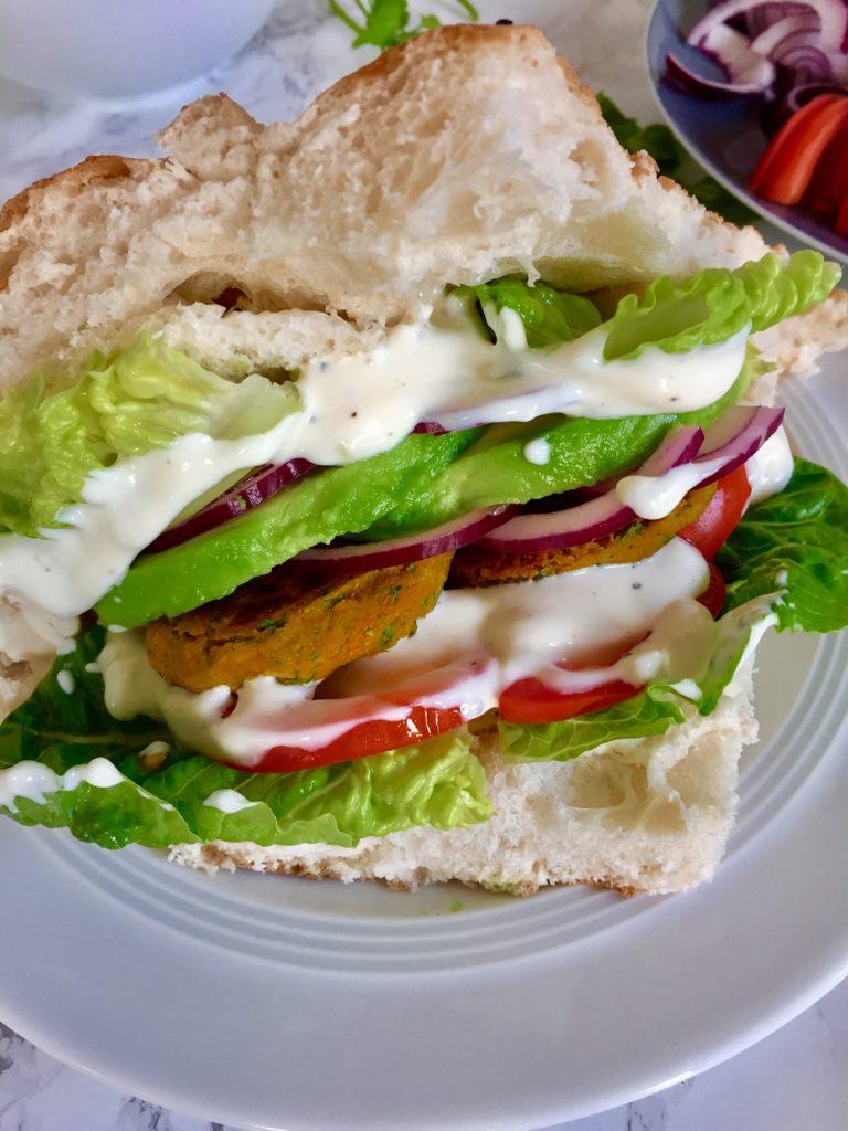 Veganer Falafel-Döner