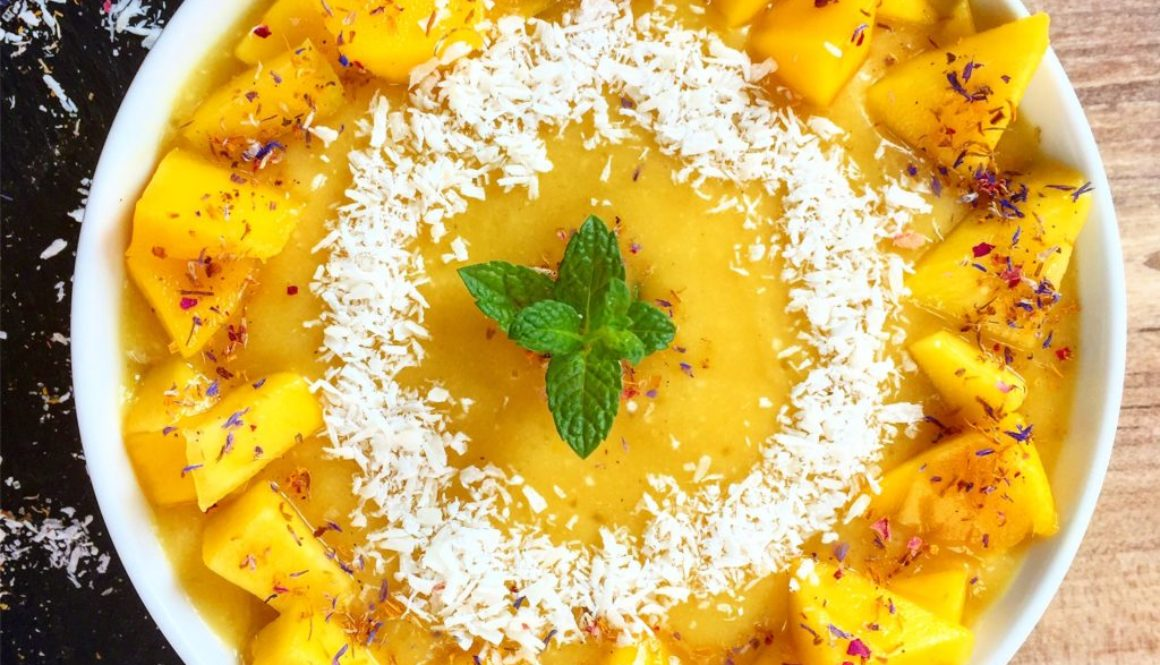 Mango-Kokos-Smoothie Bowl vegan