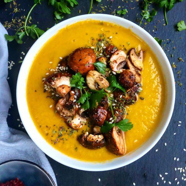 Gelbe Gemüsesuppe vegan
